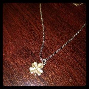Jewelry - .925 gold vermeil clover pendant necklace